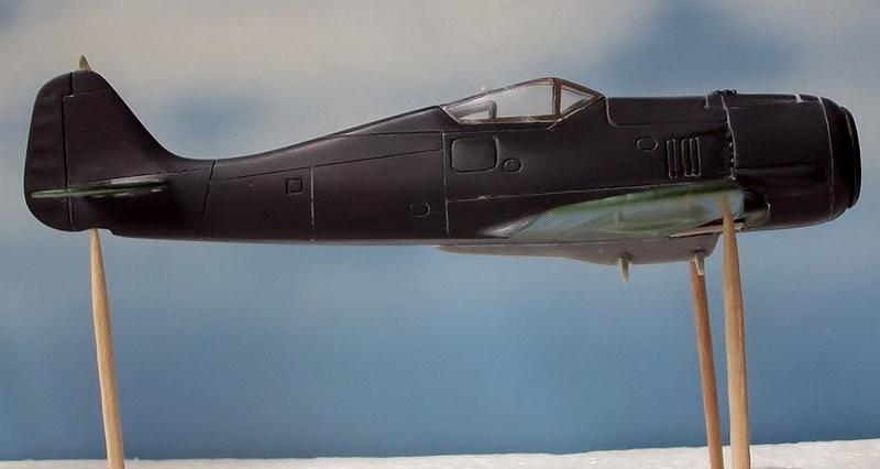 FOCKEWULF Fw 190 A-4   1/72 Matchbox   (TERMINADO) DSC07132800x600-VSO_zps5d312322