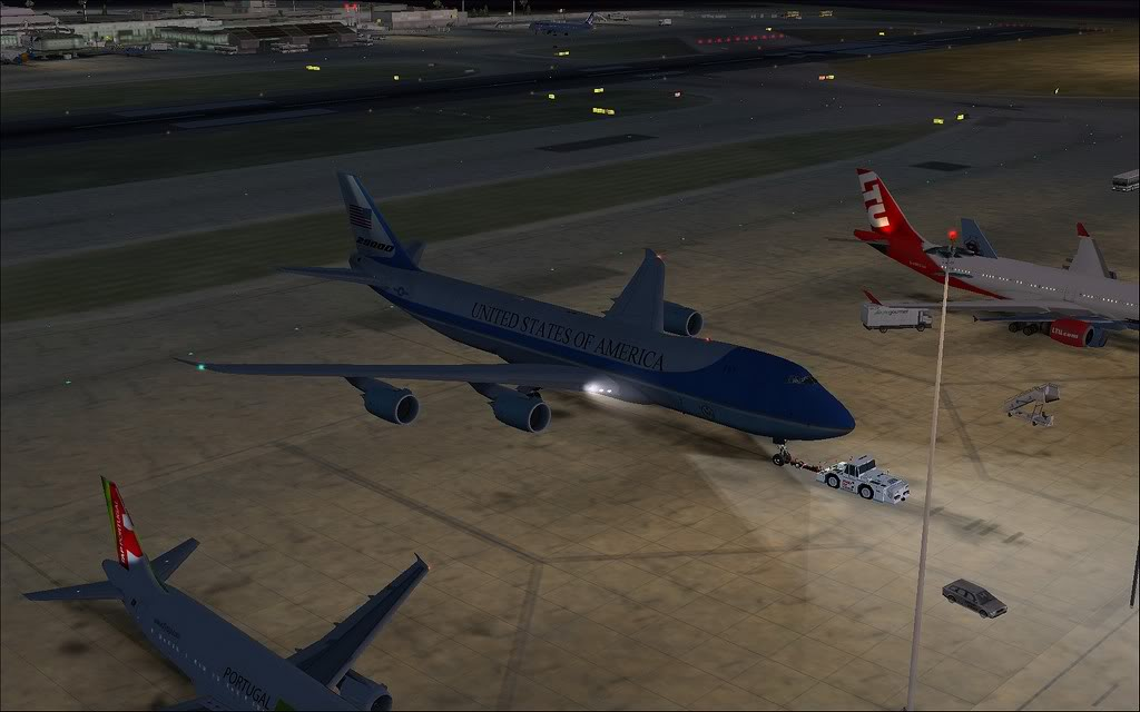 [FS9] - Air Force One na Cimeira da NATO em Lisboa - Partida de LPPT PC1-2010-nov-20-005
