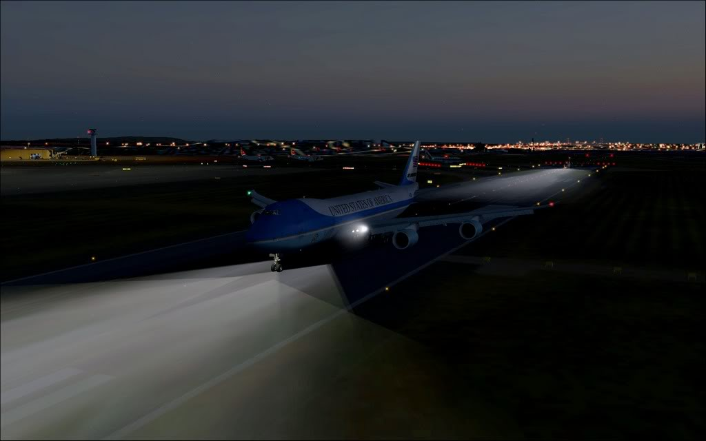 [FS9] - Air Force One na Cimeira da NATO em Lisboa - Partida de LPPT PC1-2010-nov-20-011