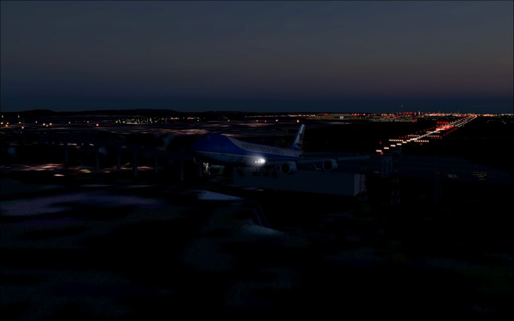 [FS9] - Air Force One na Cimeira da NATO em Lisboa - Partida de LPPT PC1-2010-nov-20-012