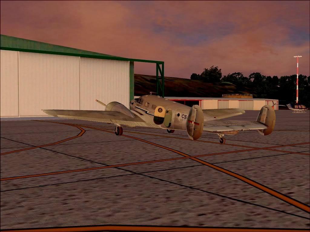 [FS9] - Beechcraft D18 da SATA voando ao fim da tarde nos Açores Beech_D18SATA11