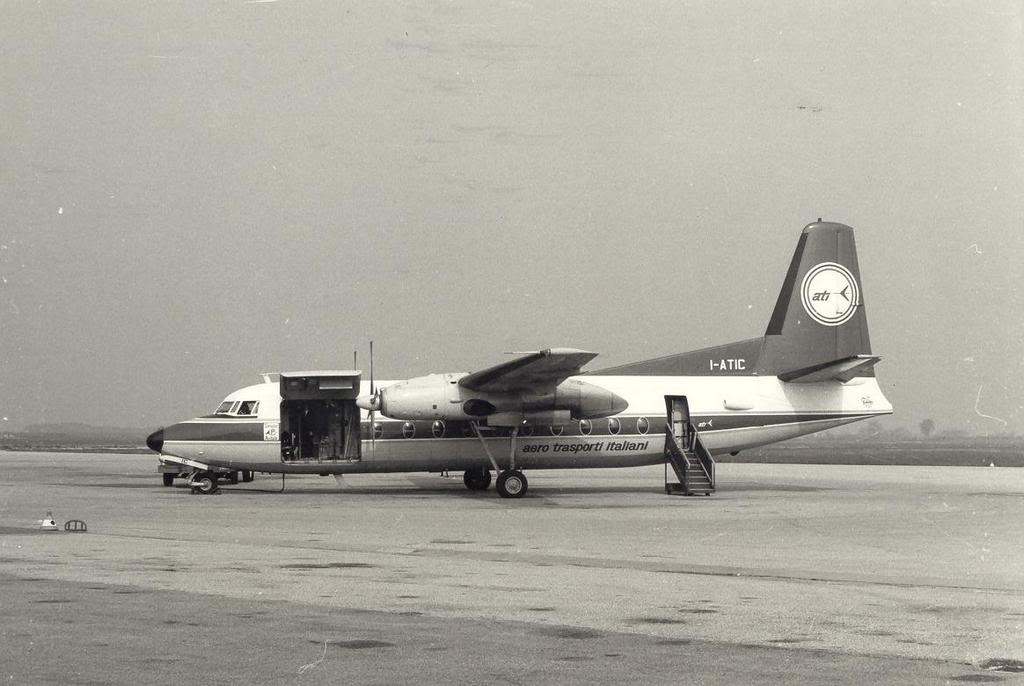 Que avião é esse que aparece na ultima cena do filme ''Dio come te amo ''? 1965_F27_Ati4