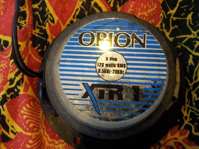 Orion XTR tweeter & Monster Cap 1F 20121128_131818