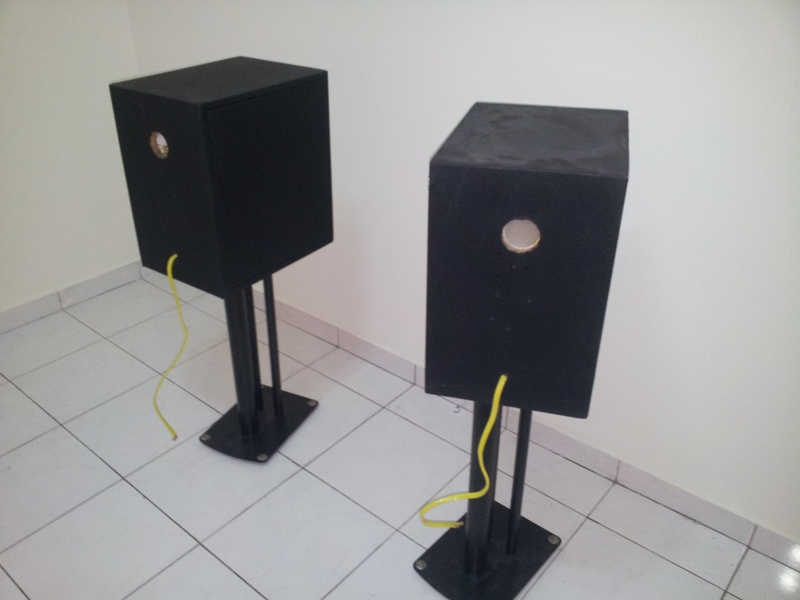 """[WTS] Custom made Enclosure for 7"""" midbass  with soundstyle Z2 speaker stand 20130623_134904_zps2e2baa28"""
