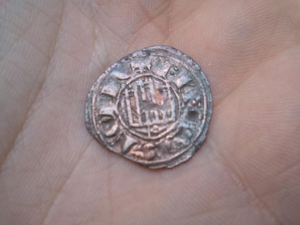 Dinero pepión de Fernando IV (1295-1312) de Burgos 20140325_181515_zps88e807c9