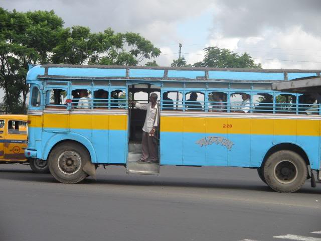 Pictures from my little vacation in India (warning- may take years to load) Citybus