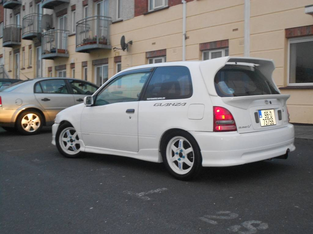 My 98 Glanza V optional extra build Midspoiler007