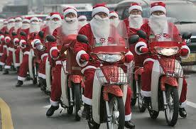 Merry CHRISTmas !!!! Christmassantas_zpsc2adde98