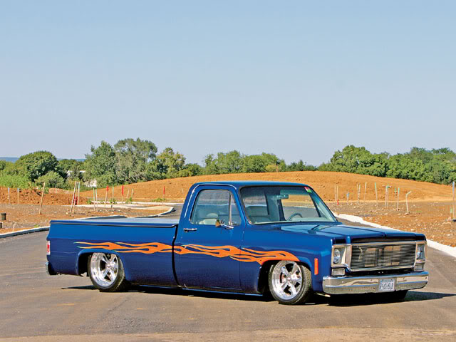 Your (Current) Favorite Truck 0611ct_01_z1975_chevy_c10_longbed