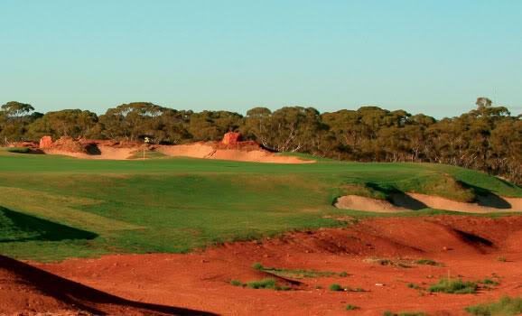 Wild Wild West.....Done!.....Again! - Page 3 Kalgoorlie-golf-course-red-desert-soil
