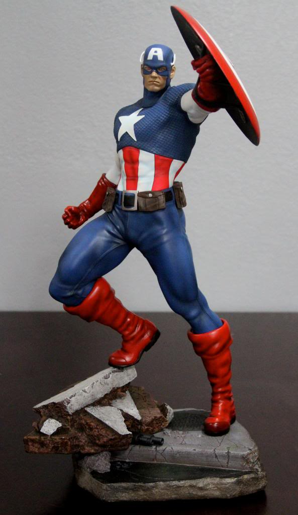 Premium Collectibles : Captain America - Comics Version IMG_4586_zpsc06deae7