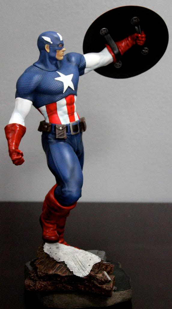 Premium Collectibles : Captain America - Comics Version IMG_4589_zps4cfb9fef