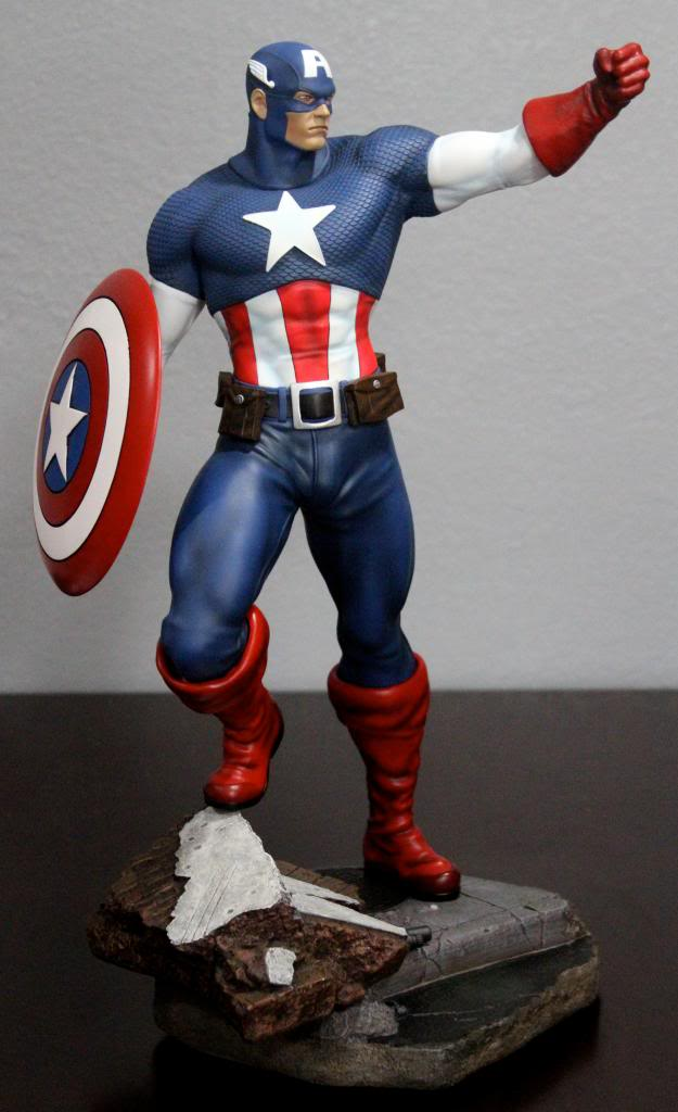Premium Collectibles : Captain America - Comics Version IMG_4598_zps63acbe85