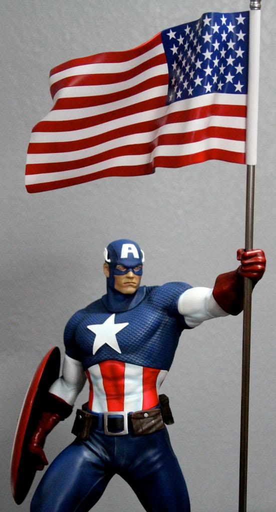 Premium Collectibles : Captain America - Comics Version IMG_4601_zps87654626