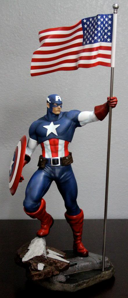 Premium Collectibles : Captain America - Comics Version IMG_4612_zpse8d7ff64