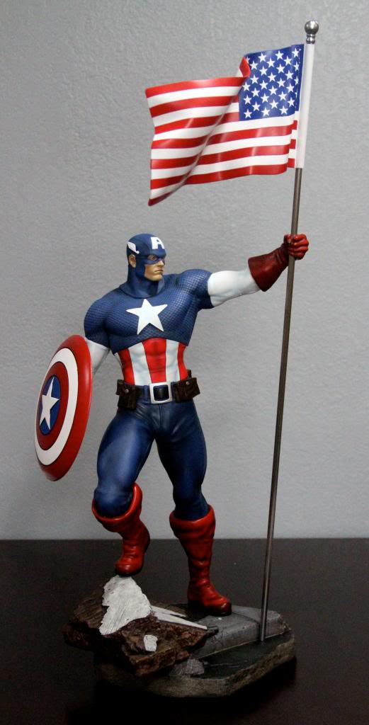 Premium Collectibles : Captain America - Comics Version IMG_4618_zps51a35697