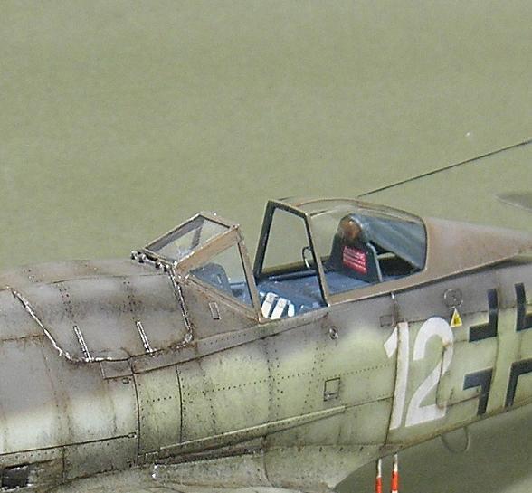Fw-190 D-9 Eduard au 1/48 : P1011057