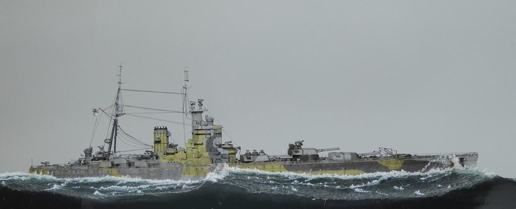 H.M.S. Nelson, Tamiya, 1/700 Ocean Atlantique 1942.  - Page 2 P1020547_zpsr7vsbuxu