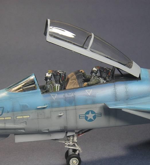 F-14A, NSAWC (Top Gun), Nr:10, Flanker. Academy 1/48. P6111720_zps417ce6ce