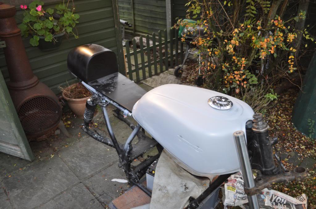 1st bike, 1st build CB650 - Page 2 DSC_0005-1