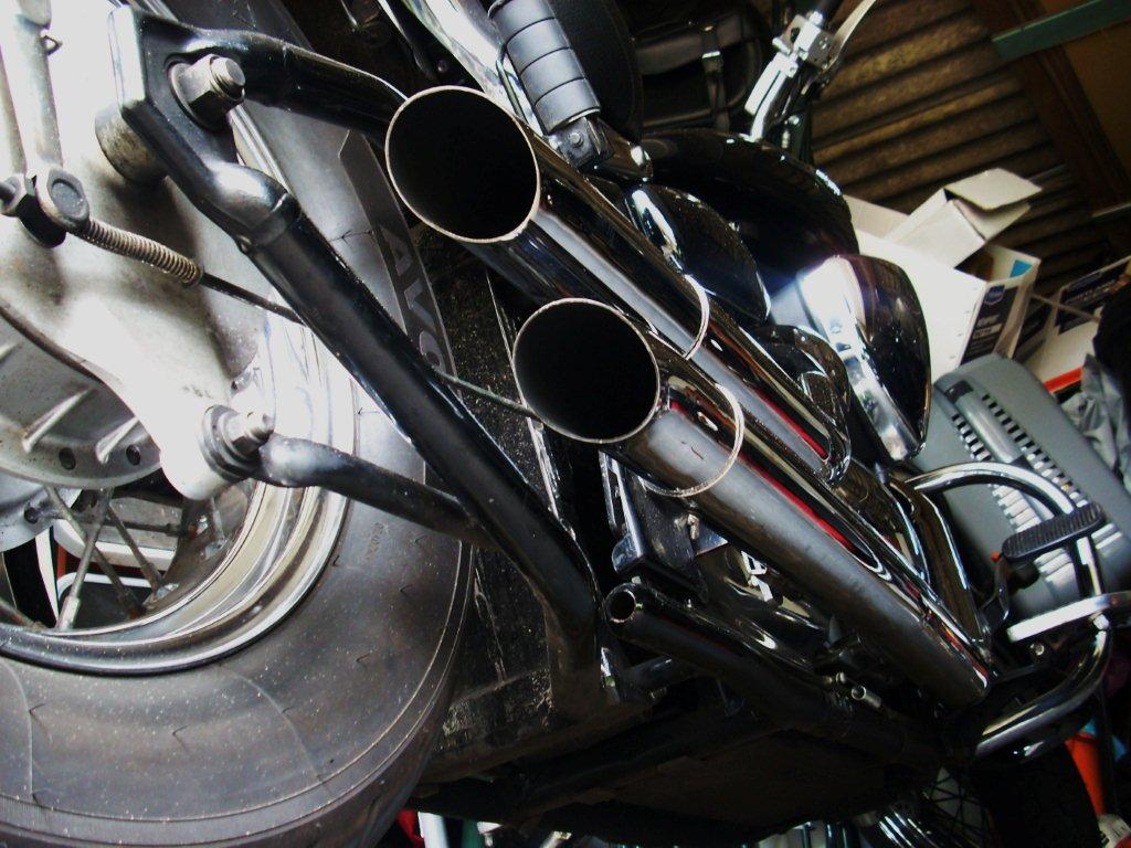 Aftermarket pipes - just the beginning! DSCN27132