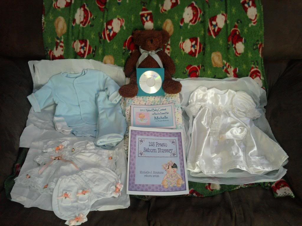 I got my prized package from the Naked Baby Contest....WONDERFUL!!!! 2012-02-11_12_56_56prizepkgNBC
