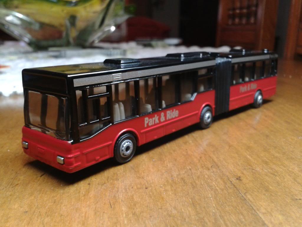 buses siku 1/87 2013-06-07222421
