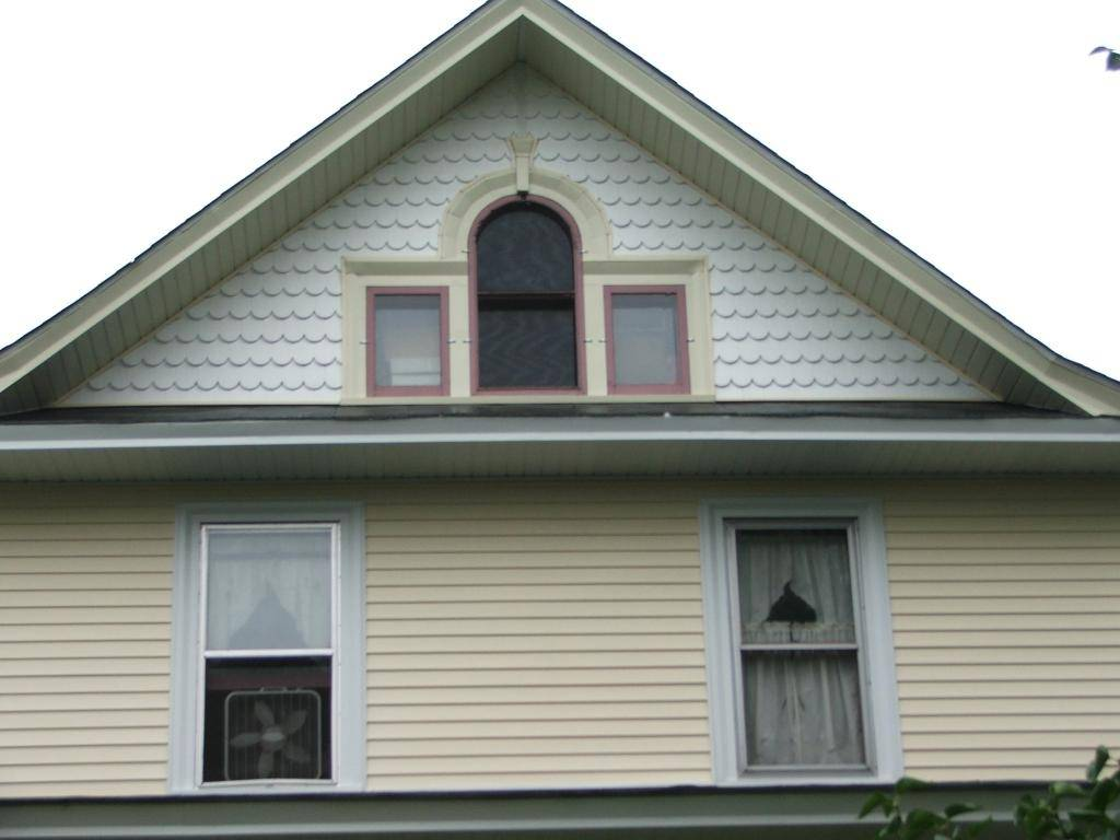 Previous House Front%20dormer