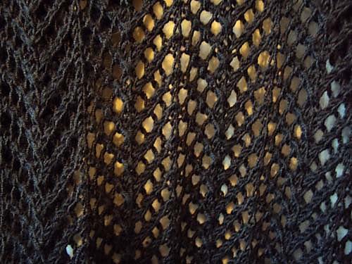 Cùng nghiên cứu Lace knitting nhá! Arrowhead-Lace_Cardigan_4_medium