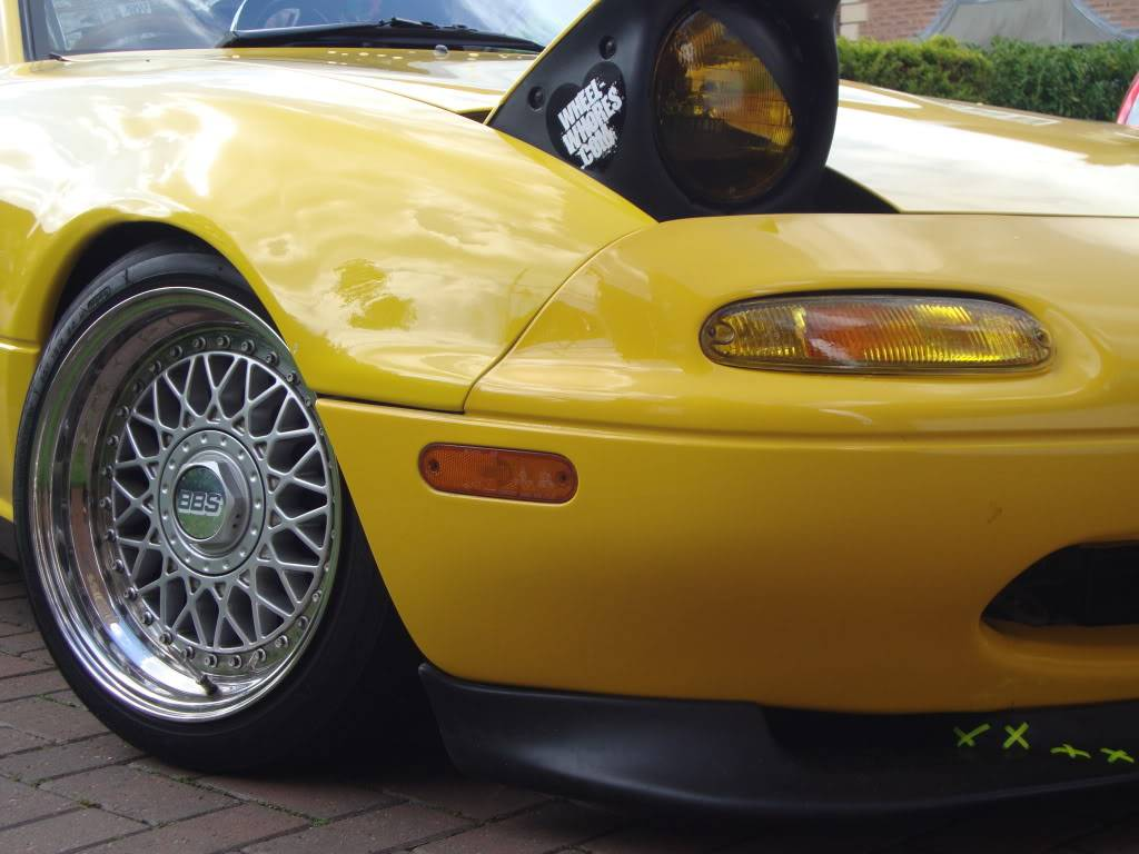 Tom's yellow Eunos project DSC00884