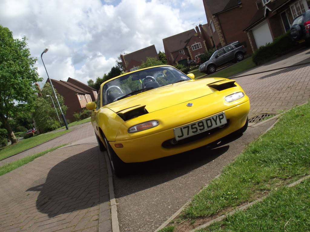 Tom's yellow Eunos project DSCF4261