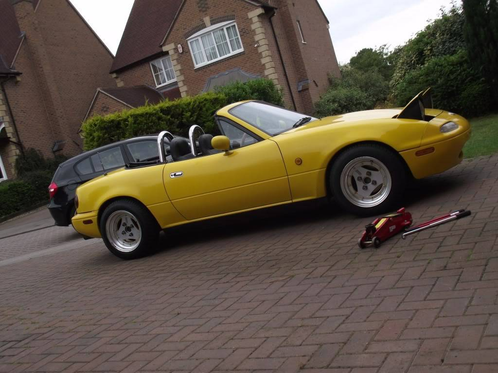 Tom's yellow Eunos project DSCF4379