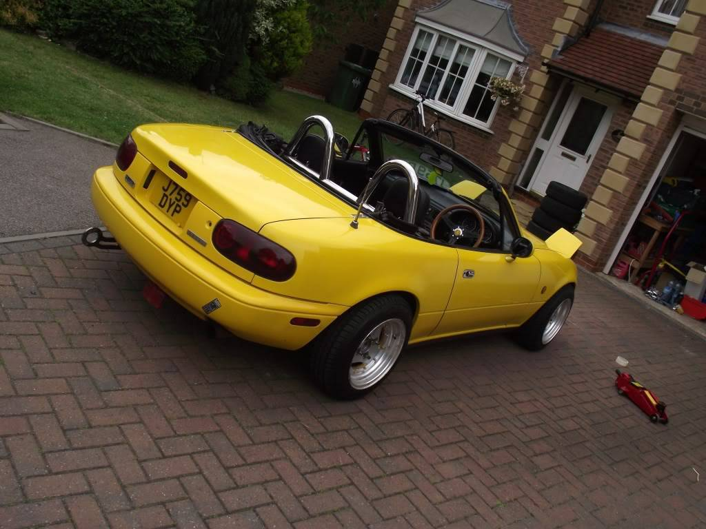 Tom's yellow Eunos project DSCF4380