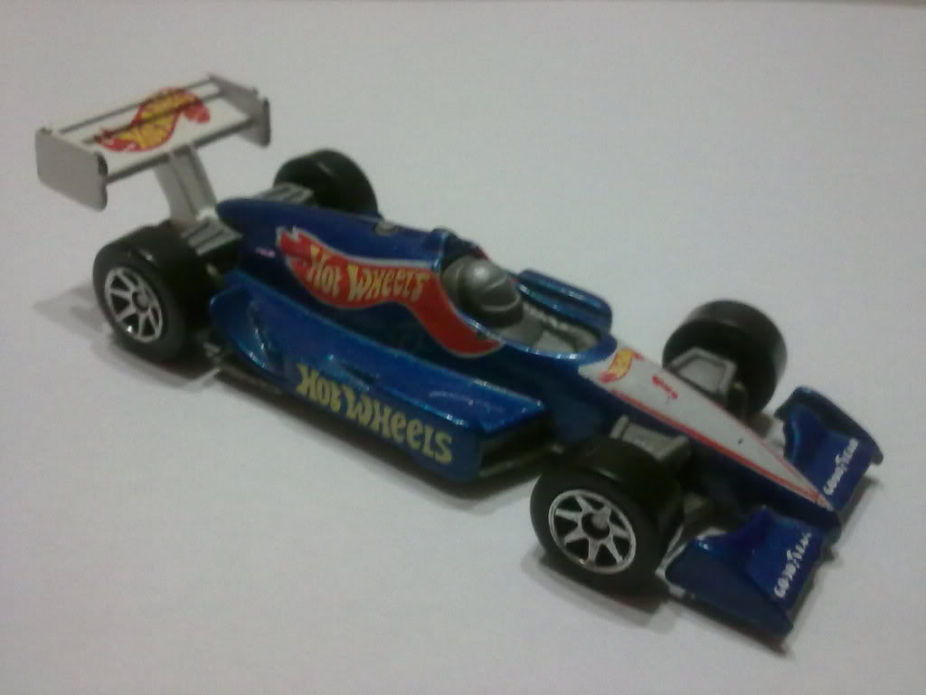 Indy Car Series HotWheels5001995FE01