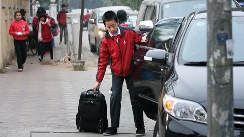 Cận cảnh những kiểu đến trường của học sinh Việt 120103HDdihoc05