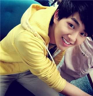 Onew 1 Pictures, Images and Photos