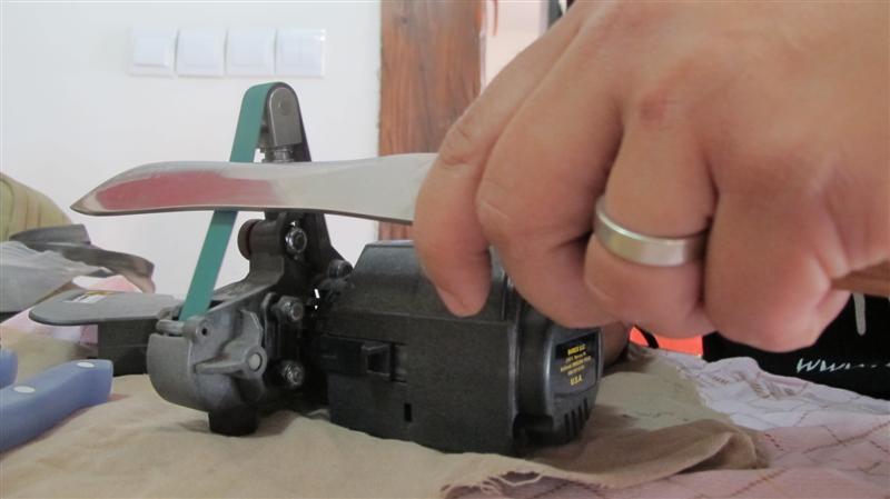 WORK SHARP ručni belt grinder IMG_8499Medium_zpsa5dcaef2