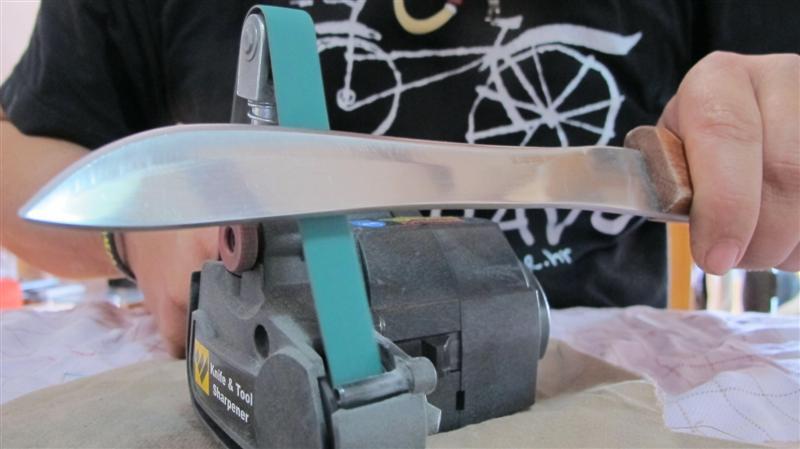 WORK SHARP ručni belt grinder IMG_8502Medium_zpsc8792a0c