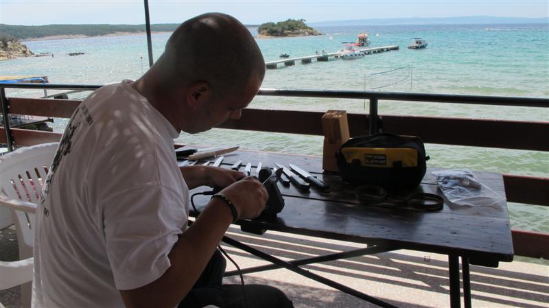 WORK SHARP ručni belt grinder IMG_7512Medium_zpsaaf2f766