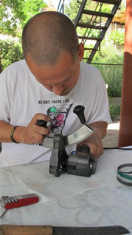 WORK SHARP ručni belt grinder IMG_7548Medium_zpscd25176e