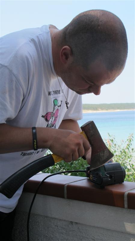 WORK SHARP ručni belt grinder IMG_7712Medium_zpse4faeedb