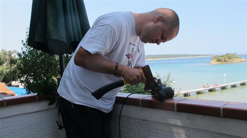 WORK SHARP ručni belt grinder IMG_7713Medium_zps8e98c481
