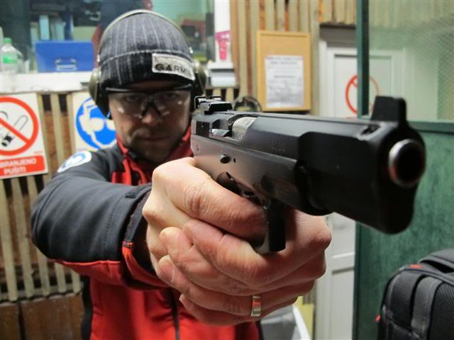druženje s pištoljem Remington