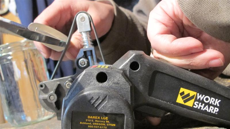 WORK SHARP ručni belt grinder IMG_5393Medium_zps405fd222