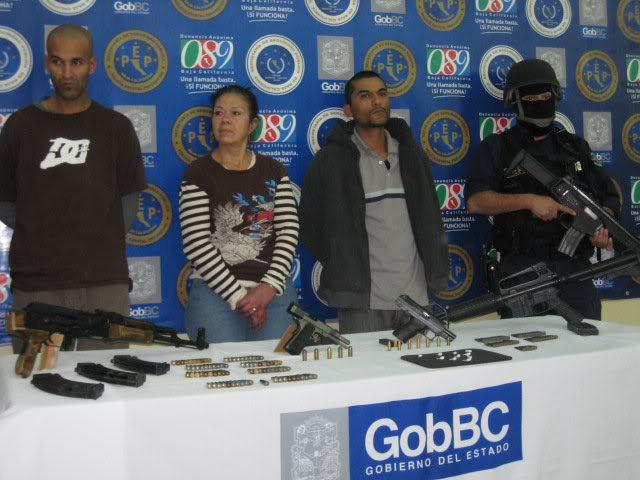 Beretta ARX-160 calibre 5.56x45mm en México 168083_179940958708344_100000773234401_362600_7089386_n-1
