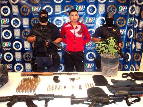"""mexicali - Detienen a """"Rambo"""" de la colonia Hidalgo en Mexicali 13/Marzo/2011 Rambo-1"""