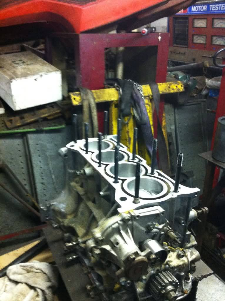 Engine Rebuild (update march) - Page 2 192049_10150451204170338_791010337_17649542_5159979_o