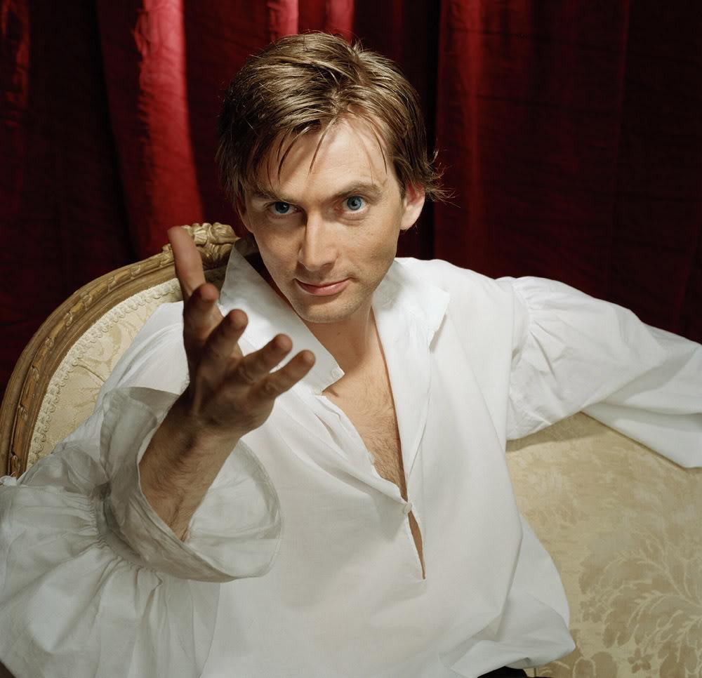 Дейвид Тенант Casanova-Publicity-Shots-2005-david-tennant-10985428-1000-966