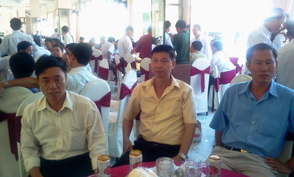 Hình ảnh cựu HV khóa 7 họp mặt kỷ niệm 25 năm tốt nghiệp SQLQ2 2012-09-09104247