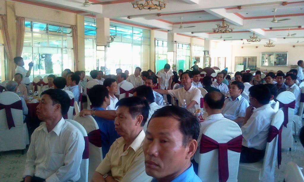 Hình ảnh cựu HV khóa 7 họp mặt kỷ niệm 25 năm tốt nghiệp SQLQ2 2012-09-09105107